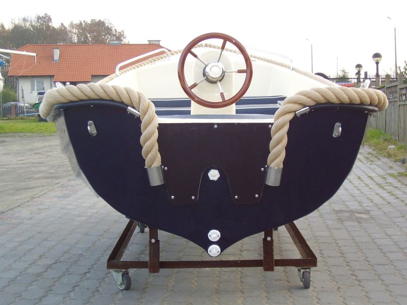Motorová loď G420 15Hp 4,2m