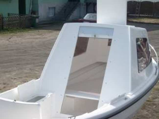 Motorová loď G420k 15Hp 4,2m s kajutou