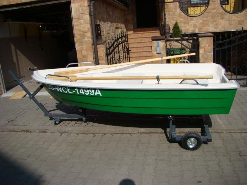 Rekreační/rybářská loď laminátová, motor 3kW- SOLAR 300